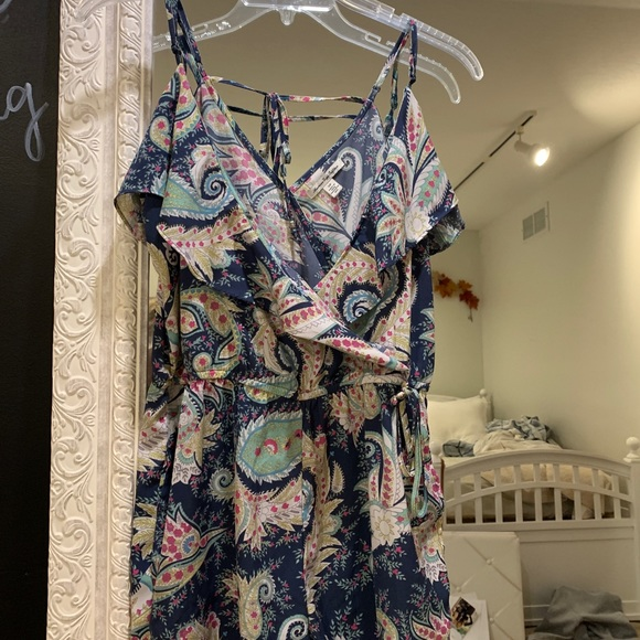 American Eagle Outfitters Other - paisley pattered american eagle romper